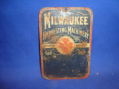 Milwaukee Harvesting Machines Machinery Vintage Tin Match Striker Safe FREE SHIP