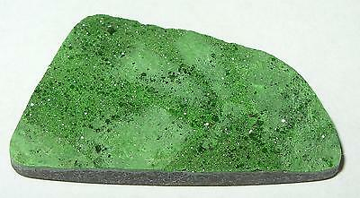 44ct BEAUTIFUL RUSSIAN GREEN UVAROVITE GARNET DRUSY CABOCHON