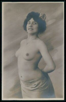 French nude woman Proud breasts original early c1900s photo postcard