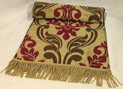Red Heritage - Table Runners