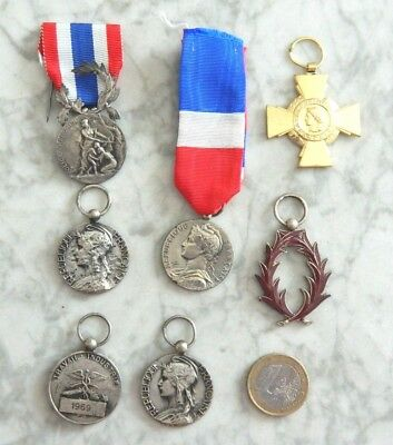 Lot De 7 Decorations