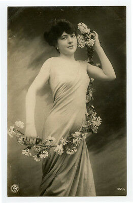 c 1910 Lovely Young SHAPELY BEAUTY Beauty European Glamour photo postcard