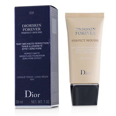 Christian Dior Diorskin Forever Perfect Mousse Foundation - # 030 Medium 30ml