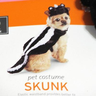 Skunk Dog Costume~XS Extra Small~Brand New W/Tags~Black White~Halloween