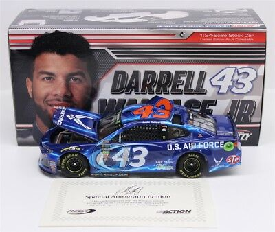 2018 DARRELL WALLACE JR BUBBA #43 Air Force 1:24 Color Chrome 48 Made Autograph