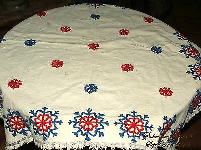 ANTIQUE 20's Vintage FRENCH LINEN SNOW FLAK HAND EMBROIDERY TABLE CLOTH DOILIES