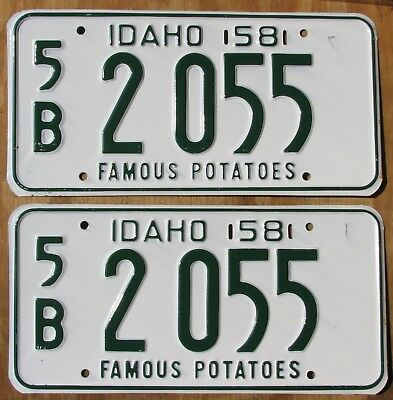 SUN VALLEY IDAHO FAMOUS POTATOES PAIR license plate  Unissued  1958  5B 2055