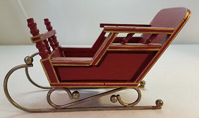 Vintage Naturaltrim Decorative Red Wood and Metal Christmas Sleigh