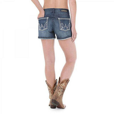 09MWHBI Wrangler Juniors Premium Patch Mae Shorts Sits Above Hip Medium Blue NEW