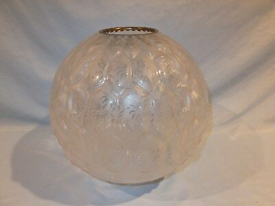 1880 - 1900 Victorian Etched & Frosted Floral honeycomb Banquet Oil Lamp shade