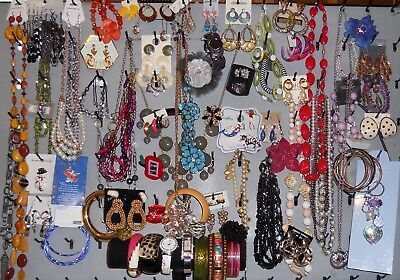 Huge Vintage to Now JEWELRY LOT 100pc Wearable Estate LBS Rings Earrings Pins HJ