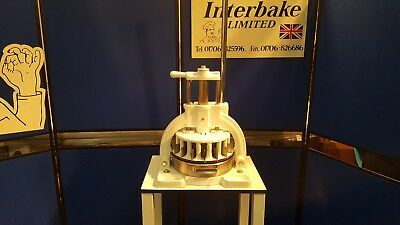 30 Piece Hand-Operated Dough/pastry Divider - Bakery Machinery & Equipment