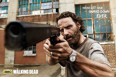 Poster WALKING DEAD - Rick Gun - Never Let Your Guard Down 91,5x61cm NEU 58519