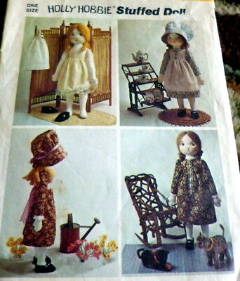 *GREAT VTG 1970s HOLLY HOBBIE DOLL & CLOTHING SEWING PATTERN