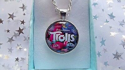 Trolls Poppy Pink Princess Necklace 22 Inch Chain Gift Box,Birthday Party Bag