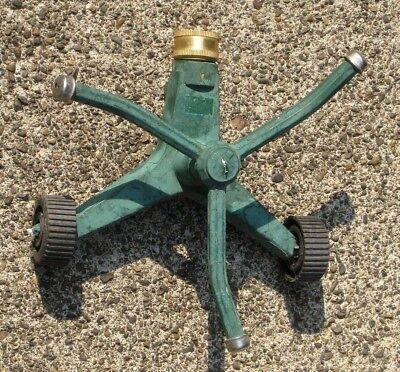 Vintage Green Cast Aluminum Garden Lawn Rotating Sprinkler with 3 Nozzles