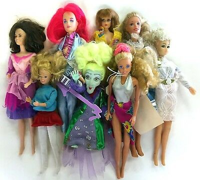 Mixed Lot Of 8 Dolls -  Barbie And Barbie Like With Witch