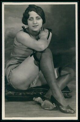 French nude woman stockings and tights Grundworth original c1925 photo postcard