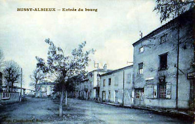 42 Cpa Debut 1900- Bussy Albieux -Entree Du Bourg