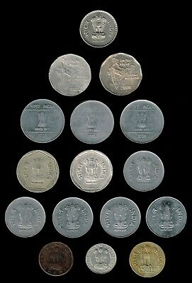 INDIA:-16 different type and/or mint mark coins, Values 1 pice-5 Rupees. AP6952