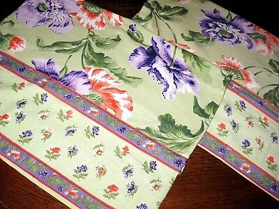 Lot of 2 (a Pair) Vintage APRIL CORNELL Floral Cotton Standard Size Pillowcases