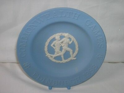 Lovely Wedgwood blue jasper ware 4.25 inch diam. pin dish Commonwealth Games1986
