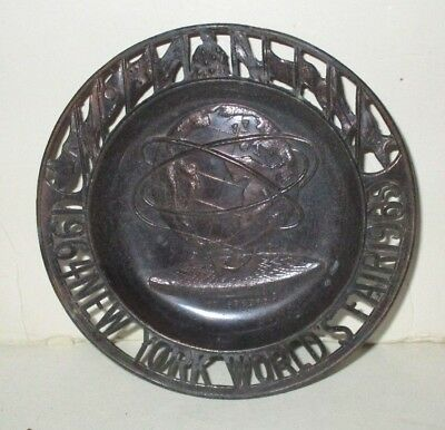 "Vintage 1964 Nywf New York World's Fair 4.25"" Metal Tin Unisphere Cut Out Edge"