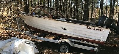 1966 Cruisers 18' Wood Runabout & Trailer - New Hampshire