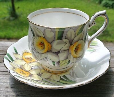 Vintage Royal Albert Daffodil Cup and Saucer Yellow Flower of the Month No3