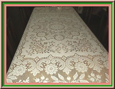 Gorgeous Vintage Quaker Lace Tablecloth With Great Design & Condition 84 By70