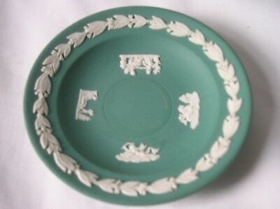 Lovely Wedgwood teal jasper ware 3.5 inch diameter pin dish