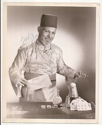 SIGNED PHOTO OF JALI JALI WITH CARDS, CUPS & BALL, BILL IN LEMON,  Etc.