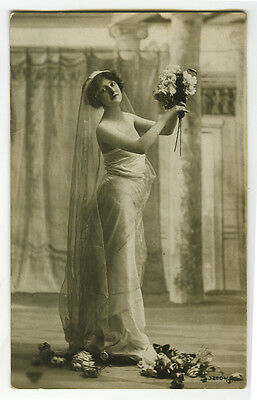 c 1910 Glamour Glamor SLIM YOUNG LADY Beauty photo postcard