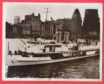 1937 Gunboat USS Oahu with Panay's Dead in Shanghai China Original News Photo