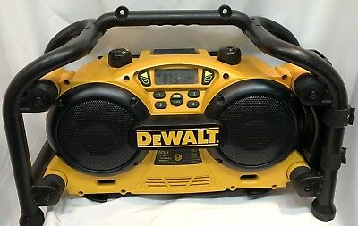 Dewalt DC011 Portable Jobsite Radio Battery or Plug-in capable