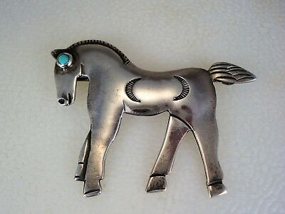OLD NAVAJO STAMPED STERLING SILVER & TURQUOISE HORSE PIN United Indian Traders ?