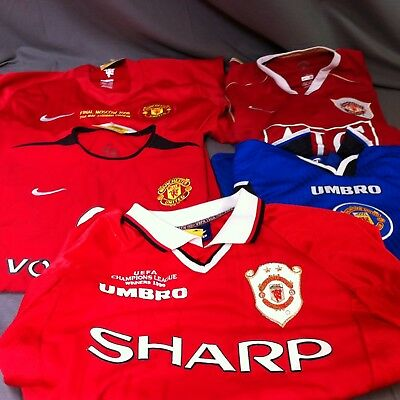 Collection of Manchester United shirts, M and L ##KEG208JM