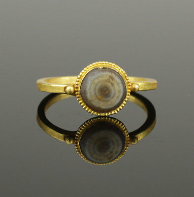Ancient Roman Gold & Agate Ring  - Circa 2Nd Century Ad