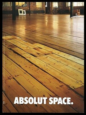 2000 Absolut Space loft wood floor vodka bottle photo vintage UK print ad