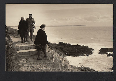 GRANVILLE (50) Carte-Photo Amateur format CPA , PROMENADE en 1952