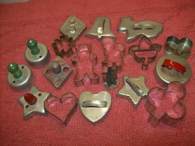Vintage Metal Cookie Cutters Wooden Green & Red & Metal Handles Lot of 18, LOOK!