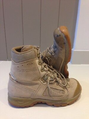 Size 7 Genuine desert lowa elite boots! very good condition!fantastic boots