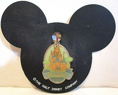 Euro Disney Opening Date 4-12.92 Castle Enamel Pin On Mickey Mouse Shaped Card
