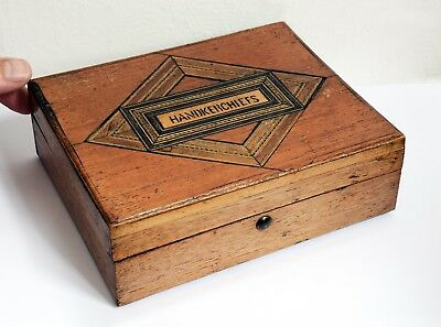 Lovely Vintage Inlaid Wooden Handkerchief Box with Hinged Lid - 17 x 14 x 5cms
