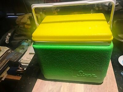 Willow 'Sixer' Ice Box / Cooler-1970's-Green & Yellow-Australian-Near New.Fab !