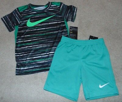 ~NWT Boys NIKE Outfit! Size 6 Nice:)!