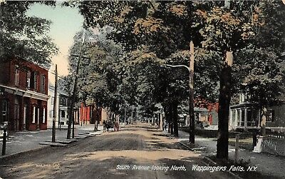 LP92 Wappingers Falls New York Vintage Postcard South Avenue St looking North