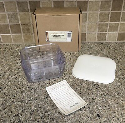 Longaberger Medium Berry Divided Hard Plastic Protector Set & Lid New 48037