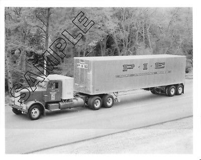 PETERBILT 351 w/Sleeper Box -P.I.E. PACIFIC INTERMOUNTAIN EXPRESS 8x10 B&W Photo