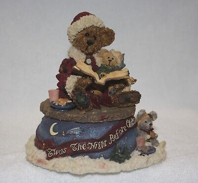 """Boyd's Bearstone Collectibles """"T'was The NIght Before Christmas Musical Figure"""